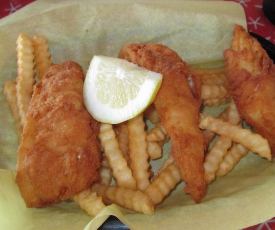 Morro Bay Waterfront Grill : Fish & Chips