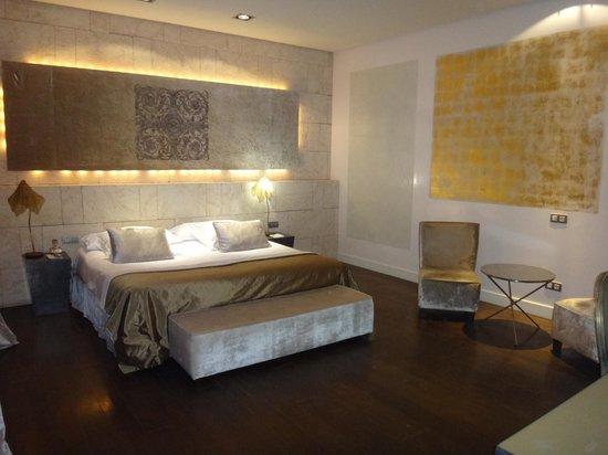 Hospes Palacio del Bailio: The rooms are WOW!