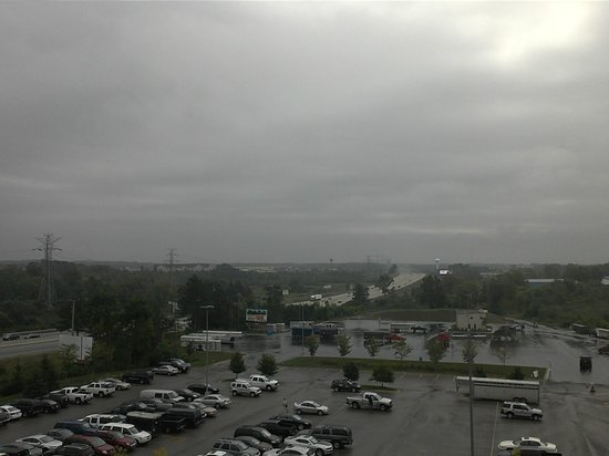 Hyatt Place Detroit/Novi: View from room on a rainy day