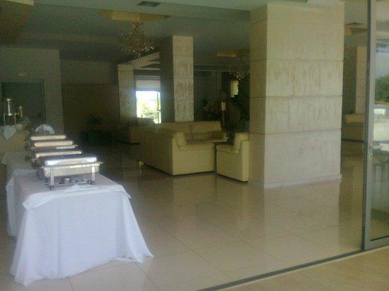 GMP Bouka Resort Hotel: Πρωινος μπουφές