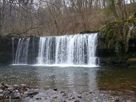 Hen Glyn: Waterfall walk nearby