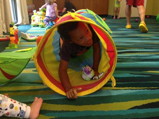 SpringHill Suites Philadelphia Langhorne: Large playroom with TV
