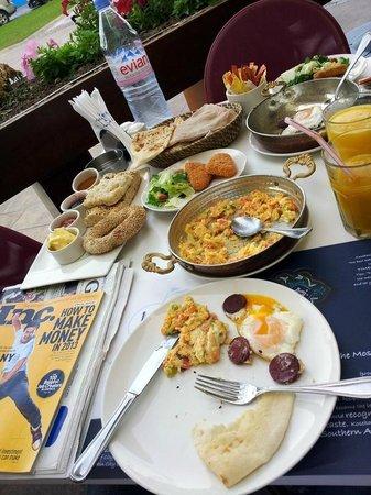 Kosebasi: Breakfast