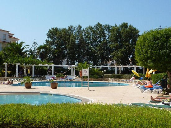Hotel Luz Bay: Swimming pool