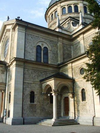 Kirche Enge : Side view