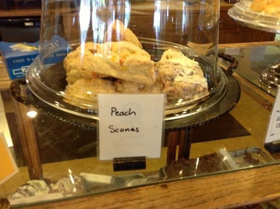Calico Cupboard Cafe & Bakery: Peach Scones