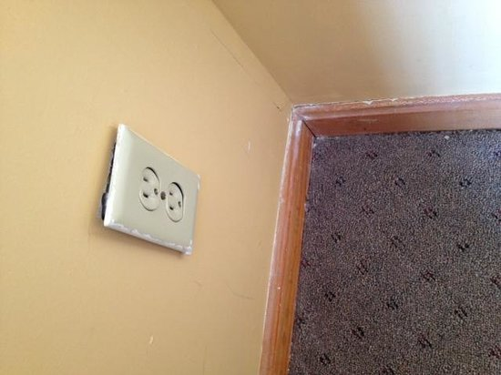 Moulton Hotel: Outlet falling off the wall (1 of 3)