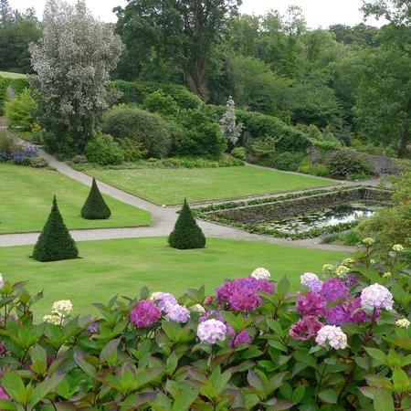 Plas Cadnant Hidden Gardens: The walled garden down to the tank