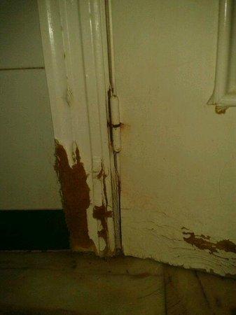 ATH Andarax Hotel : detalle puerta de baño