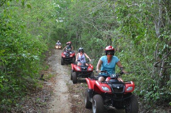 Ecopark Xtut: ATV JUNGLE TOUR