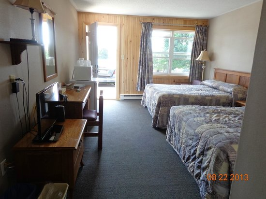 Bay Vista Motel: Comfortable accomodations