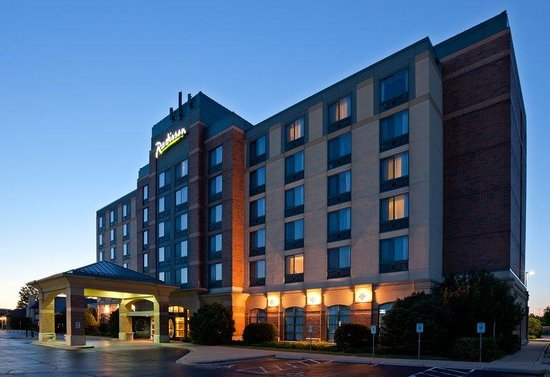 Radisson Hotel & Conference Center Kenosha