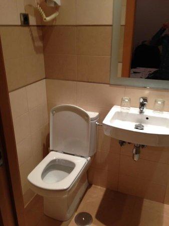 Hostal Abami II: Servizi igienici
