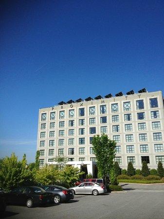 Proximity Hotel