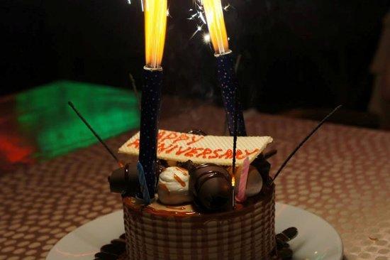 Wembley Restaurant & Bar: Anniversary Cake