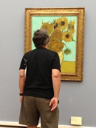 Neue Pinakothek: Van Gough Up Close