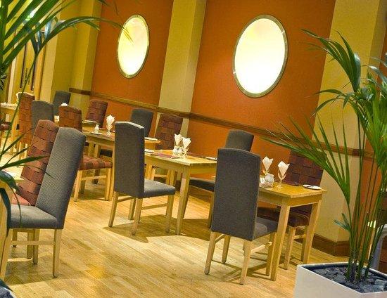 Mercure Chester North Woodhey House Hotel: Restaurant