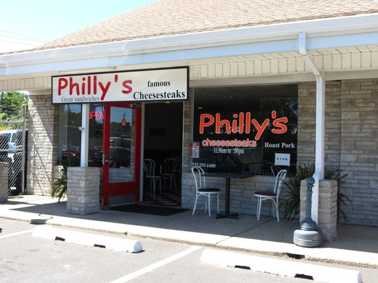 Philly's Famous Cheesesteaks : Philly's