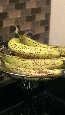 Best Western Ashburn Inn: Over-ripe bananas