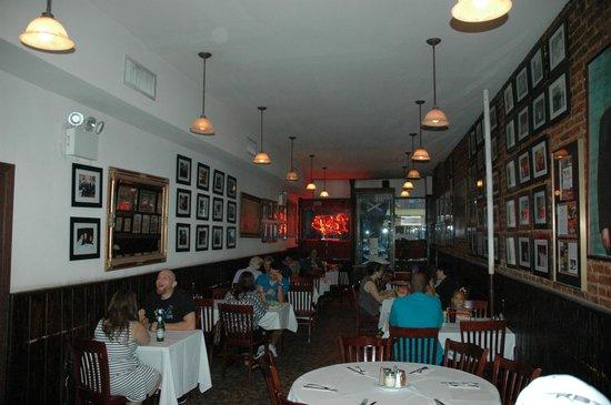 Patsy's Pizza : interior of Patsy's