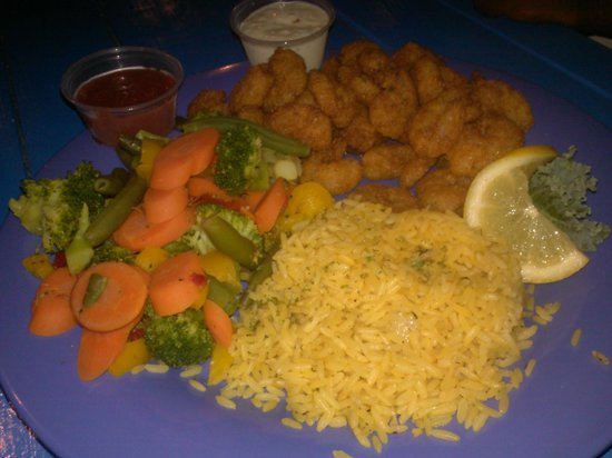 Bummz On The Beach : Fried Shrimp w/steamed vegies & yelllow rice
