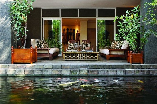 Saxon Hotel, Villas and Spa: Saxon Koi Terrace