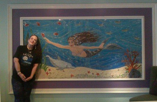 BEST WESTERN PLUS Myrtle Beach Hotel : Wide view of The Mermaid!
