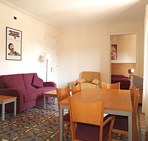 MH Apartments Tetuan: Salon