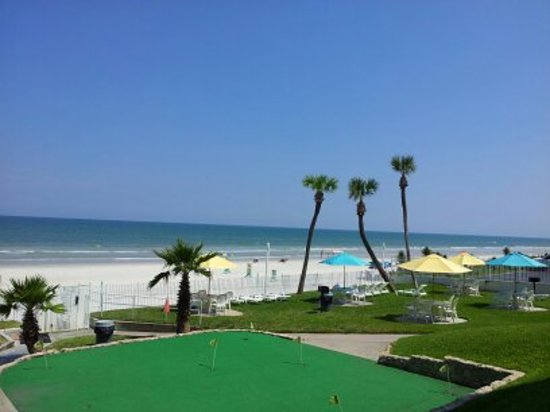Perry's Ocean Edge Resort : view from patio