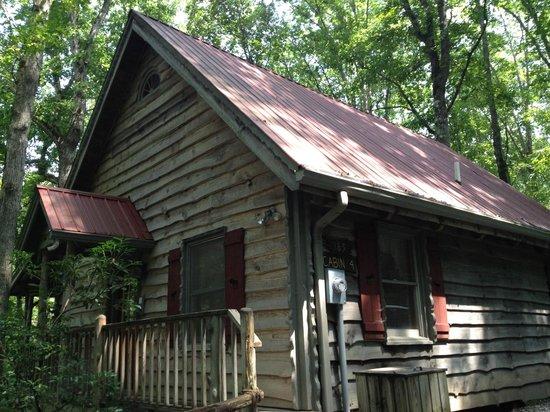 Cavender Creek Cabins Resort: Cabin #4
