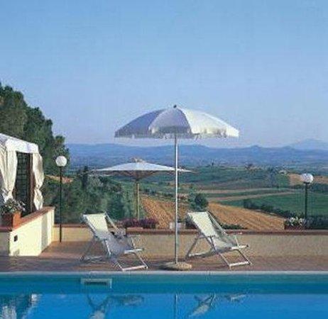 Relais Villa Petrischio: Pool