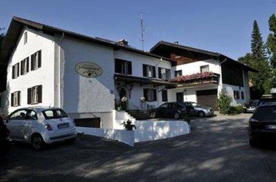 Hotel Garni Johanneshof: Exterior_Offers