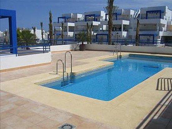 Apartamentos Pueblo Dorado I: Pool