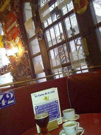 Le Cafe Du Coin D En Bas D La Rue Saint Malo