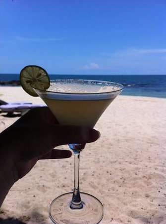 Mango Bay Resort: fabulous cocktails on the beach