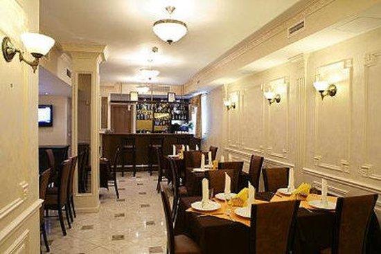 Riverside Hotel: Gastronomy