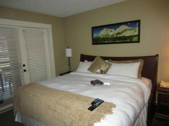 Solara Resort & Spa : Tight bedroom