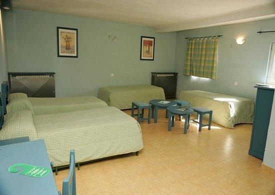 Hostal El Ciervo: Room