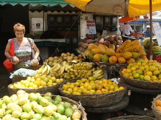 Pousada Esmeralda: mercado