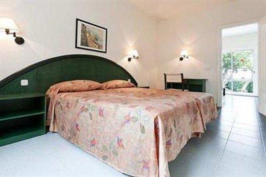 Hotel Club Sur Menorca: Room