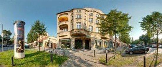 Apart Hotel Vivaldi: Exterior