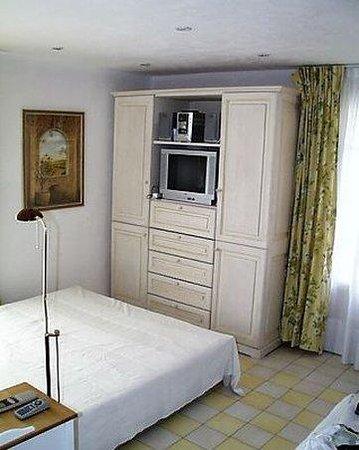 La Petite Sirene: Room
