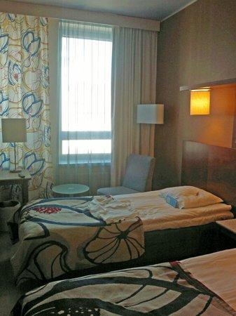 Cumulus Kaisaniemi: Standard room, 2 beds.