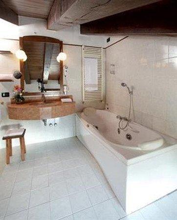 Primotel Brescia Centro: Bathroom