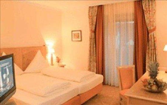 Hotel-Gasthof Huber: Room
