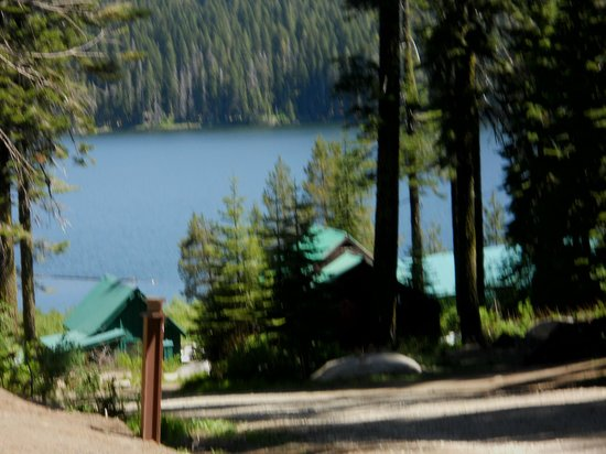 Bucks Lake Lodge: Bucks Lake View from Cabins