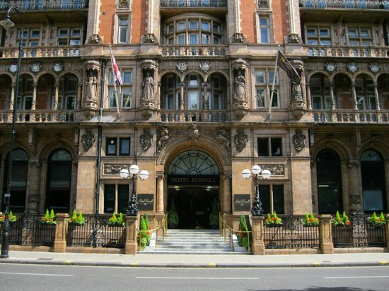 View of marble stais picture of hotel russell london for Hotels ussel