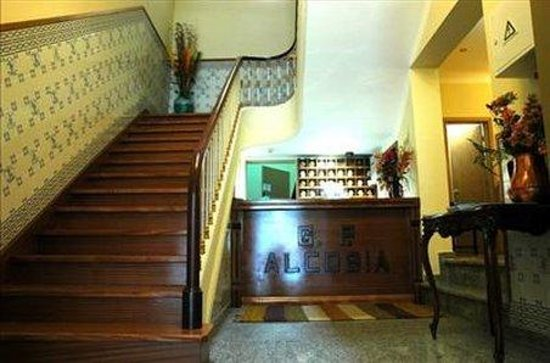 Grande Pensao Residencial Alcobia: Interior