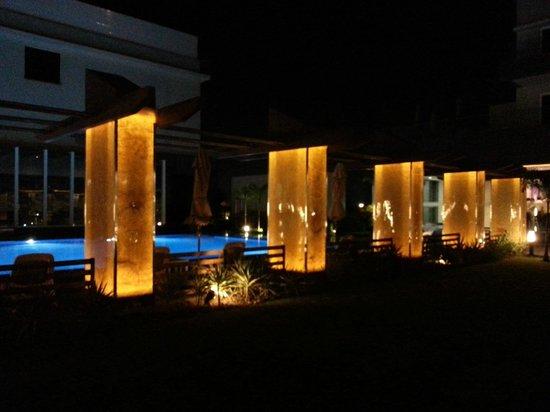 Radisson Hotel Kandla: Pool