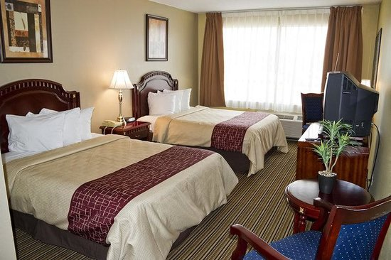 Red Roof Inn & Suites Muskegon Heights: Double